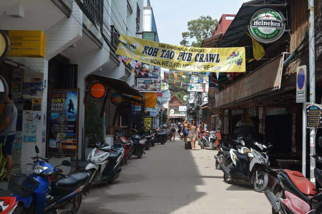 The Mojo Divers shop street, Sairee, Koh Tao